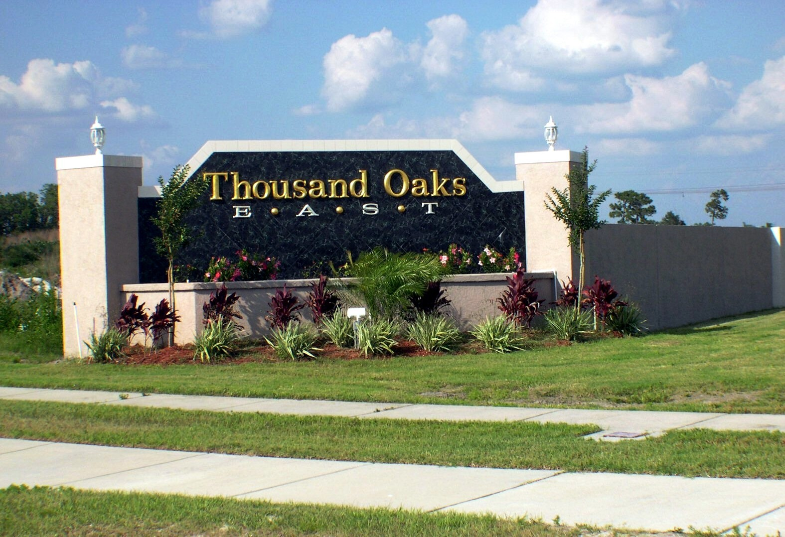 thousand oaks Get the thousand oaks weather forecast access hourly, 10 day and 15 day forecasts along with up to the minute reports and videos for thousand oaks, ca 91362 from accuweathercom.